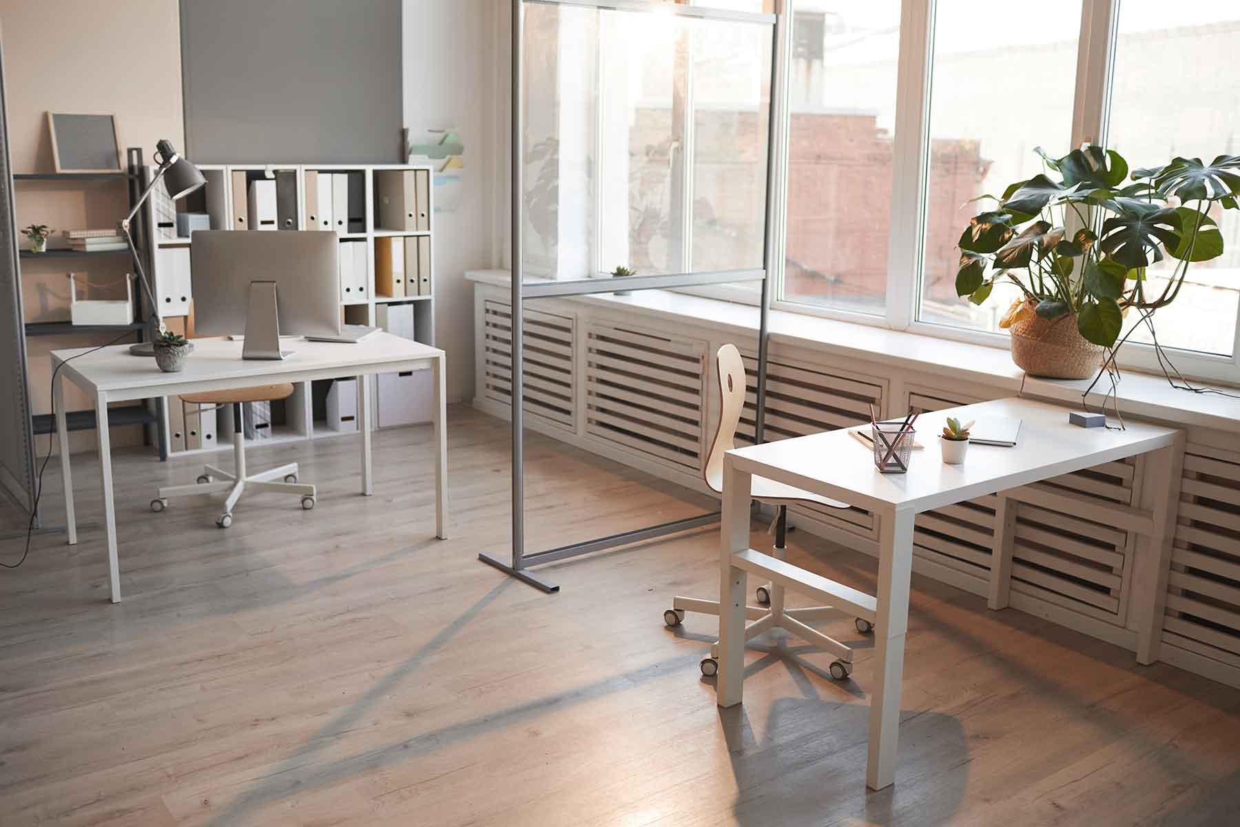 empty-room-at-office-building-VZ9YK4T.jpg